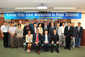 Italy and Corea allies at the Poles